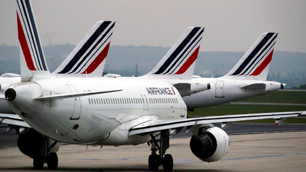 Air France-KLM Receives    $9.7 Billion In Bailout