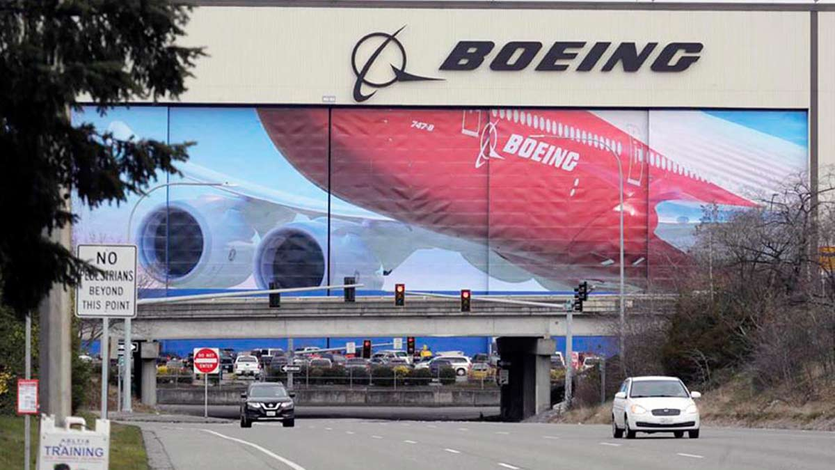 Boeing To Restart |   Commercial Jets Production