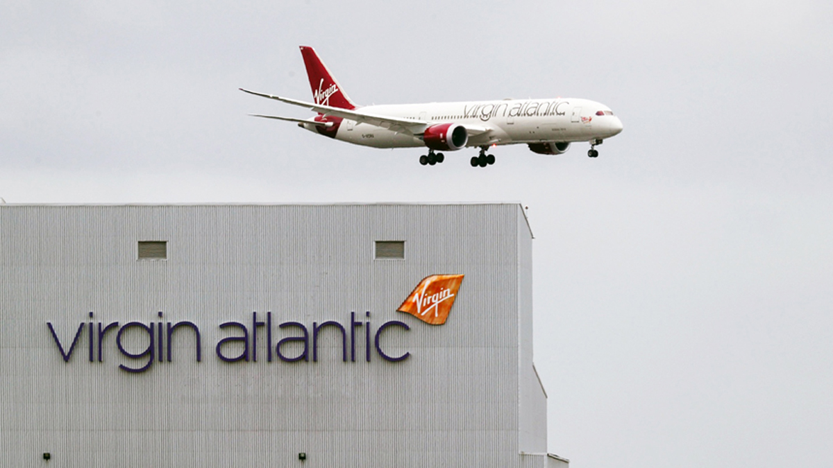 Virgin & United Cut Jobs |  Qantas Raises Millions As Covid-19 Bites