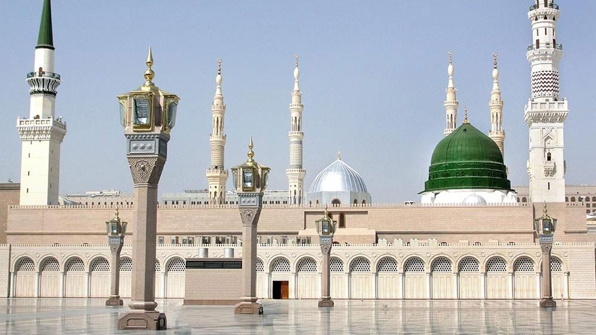 Saudi Government Reopens |   Masjid-e-Nabvi For Public